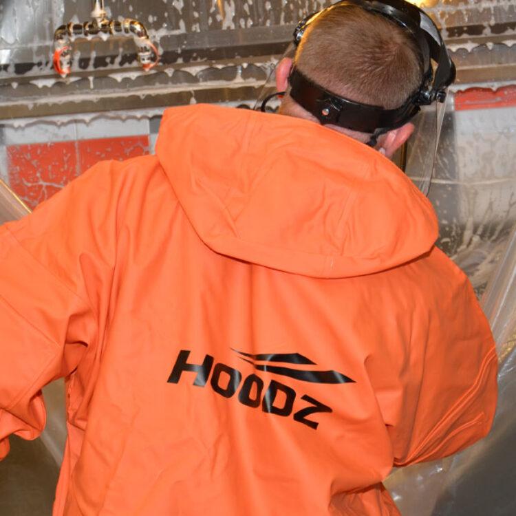 Hoodz-service-tech