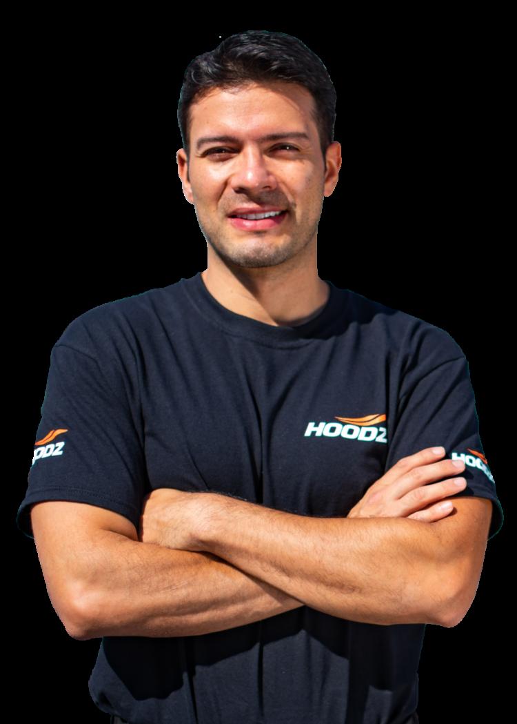 HOODZ Professionally trained service technician